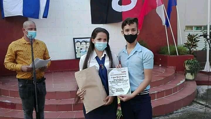 Reciben títulos de graduados nuevos Maestros Primarios en Ciego de Ávila