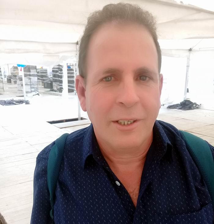 Poeta, narrador, traductor literario y crítico de arte, Ricardo Alberto Pérez