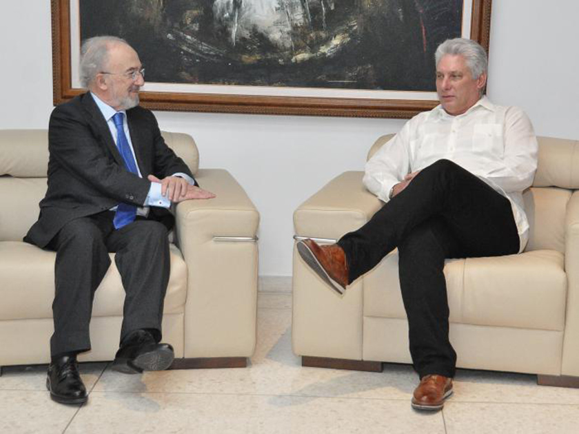Cuban president receives Director of the Royal Spanish Academy