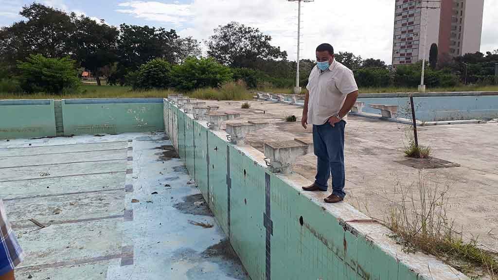 Holguín sueña con rescatar el complejo de piscinas