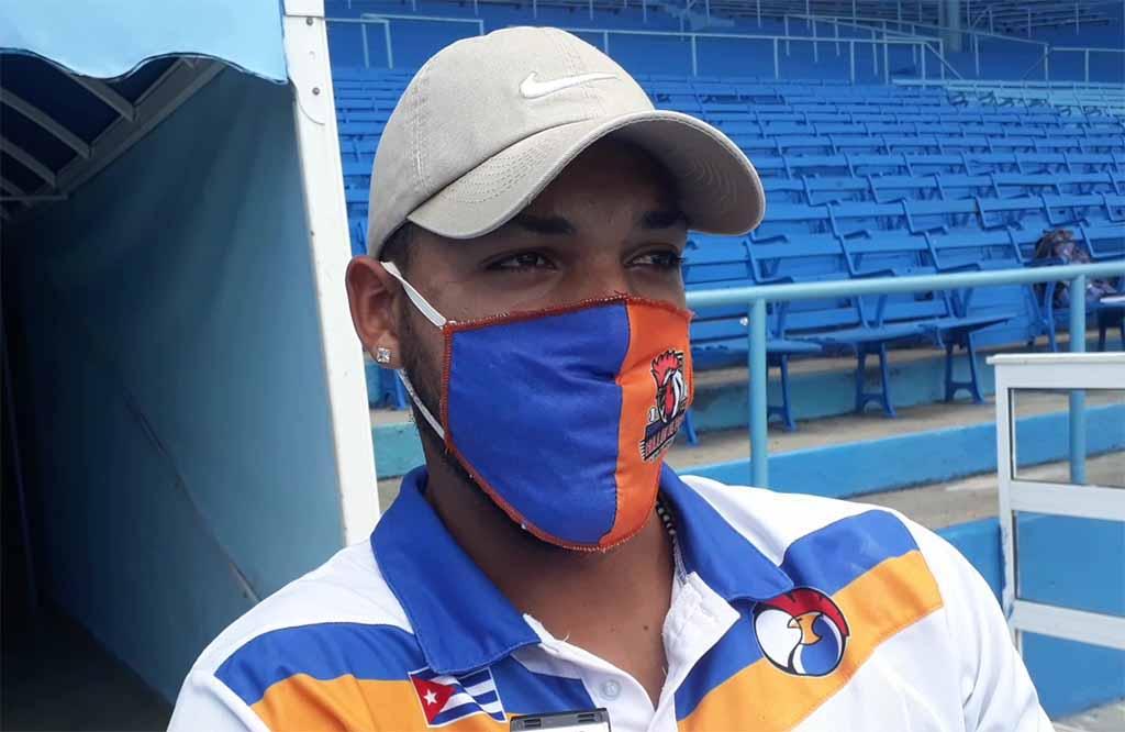 """Roberto Hernández: """"El físico dirá cuándo puedo regresar al juego"""" (+Audio)"""