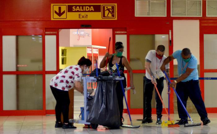 Acondicionan Aeropuertos cubanos para elevar calidad del servicio