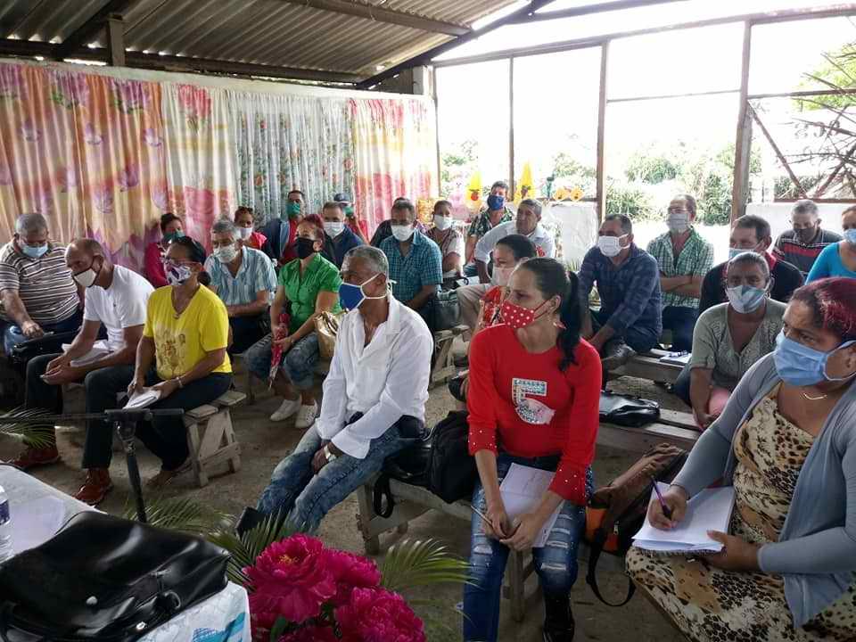 Los campesinos de Cueto, andan por camino seguro (+Audio)