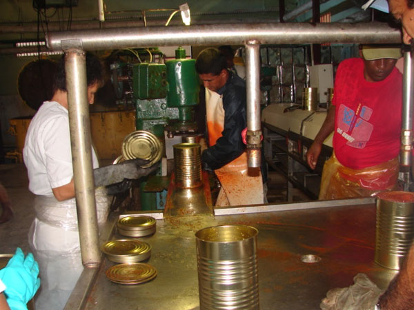 🎧 Incrementa producciones fábrica cienfueguera El Faro