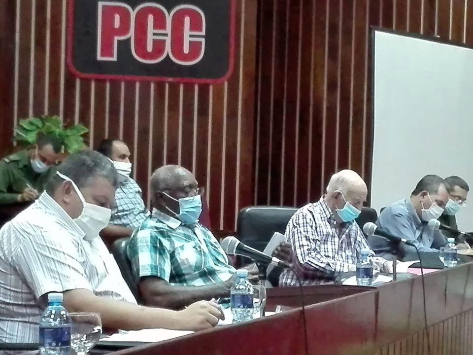 Chequean Programa de Desarrollo Integral de Granos en Holguín