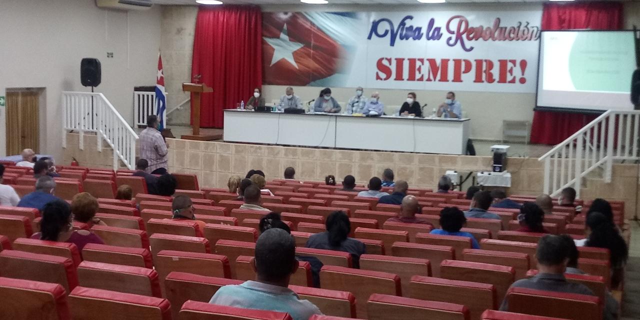 Chequea Machado Ventura abastecimiento municipal en Artemisa