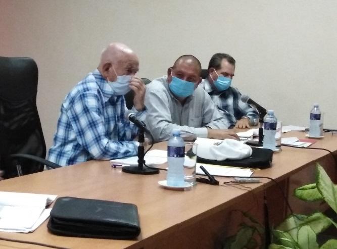 Machado Ventura invitó en Las tunas a pensar como país desde el municipio