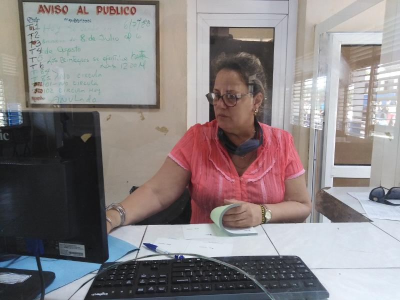 Marbelis Lázaro Ávila, Jefa de la Agencia Viajero en Las Tunas.