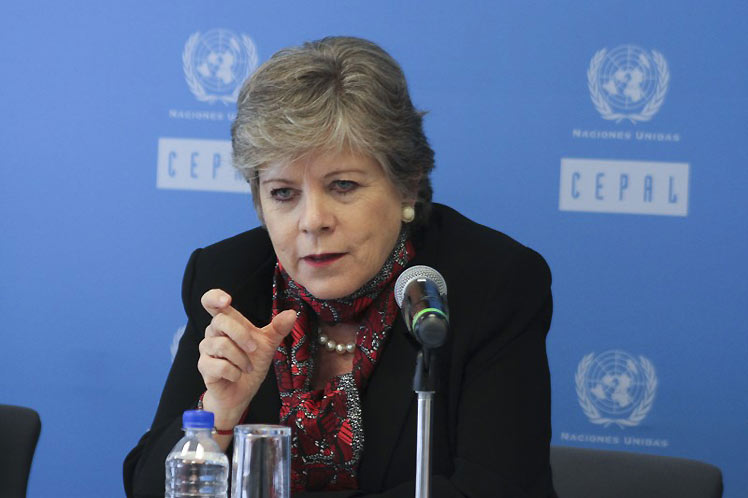 Regional integration, road to face the COVID-19 crisis, ECLAC affirms