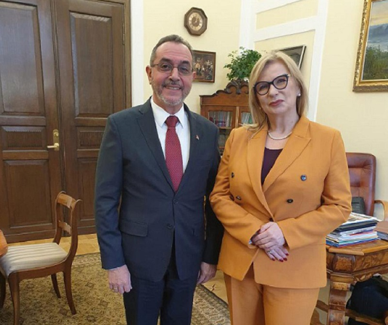 Vice president of the Polish parliament receives Cuban ambassador