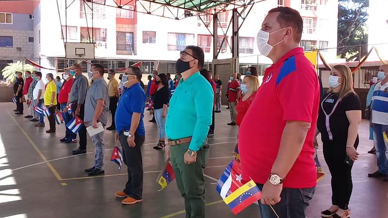 Celebran aniversario de los CDR cooperantes cubanos
