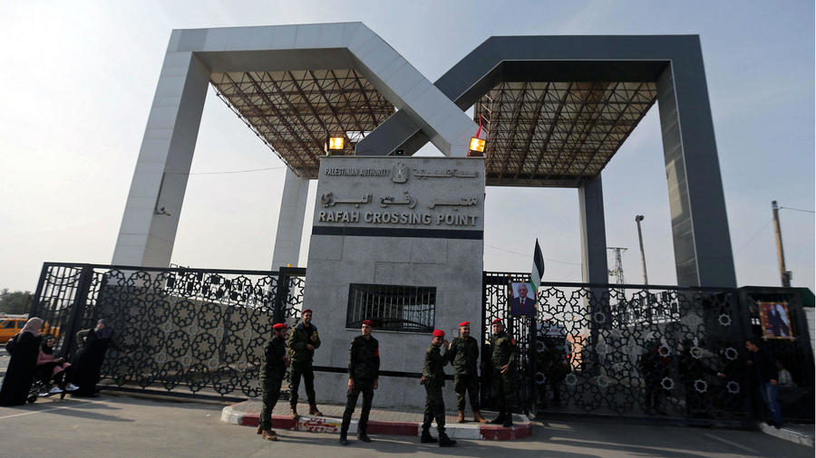Egypt-Gaza crossing opens for first time in months