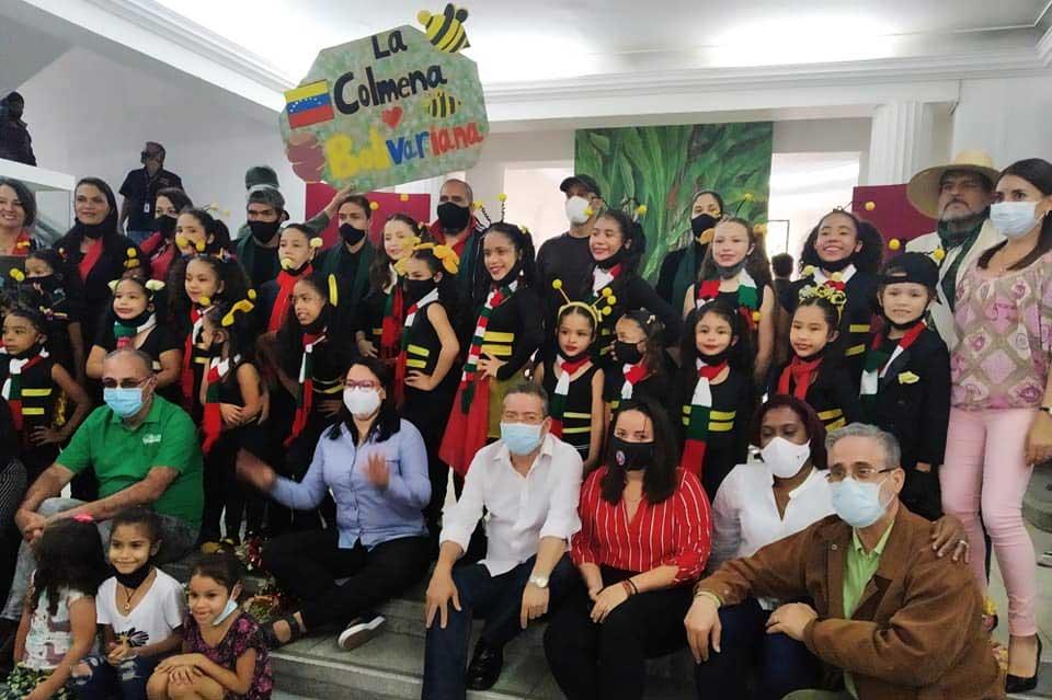 Analizan labor de promoción cultural en Venezuela
