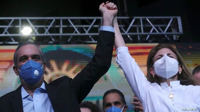 Nuevo presidente en República Dominicana