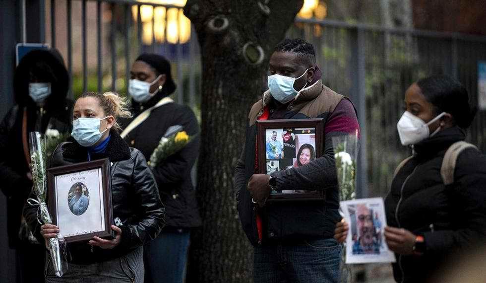 Repunte del nuevo coronavirus en Estados Unidos hace desplomarse a Wall Street