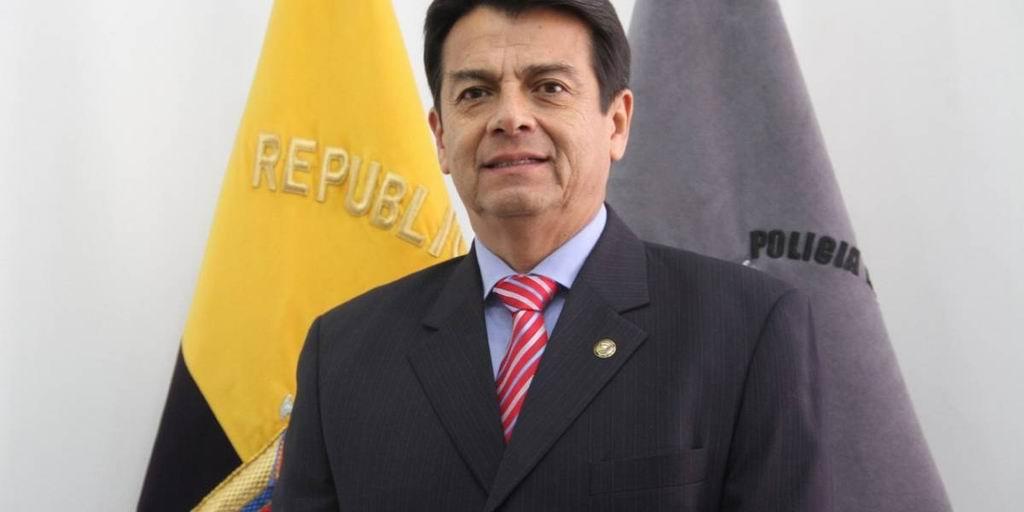 Lenín Moreno nombra a exgeneral como ministro de Gobierno