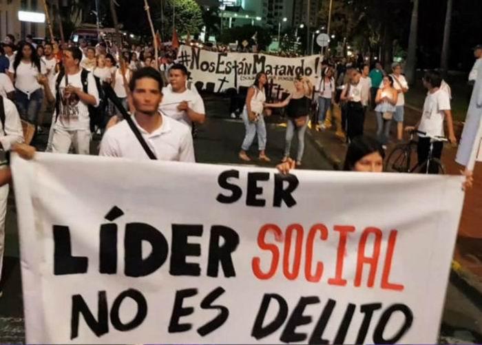 Asesinan a tres líderes sociales colombianos este viernes