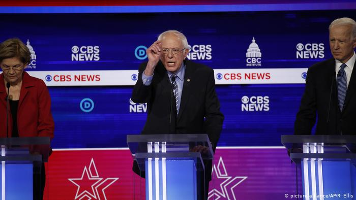 Mueve élite partidaria demócrata nueva ficha contra su aspirante presidencial progresista Bernie Sanders