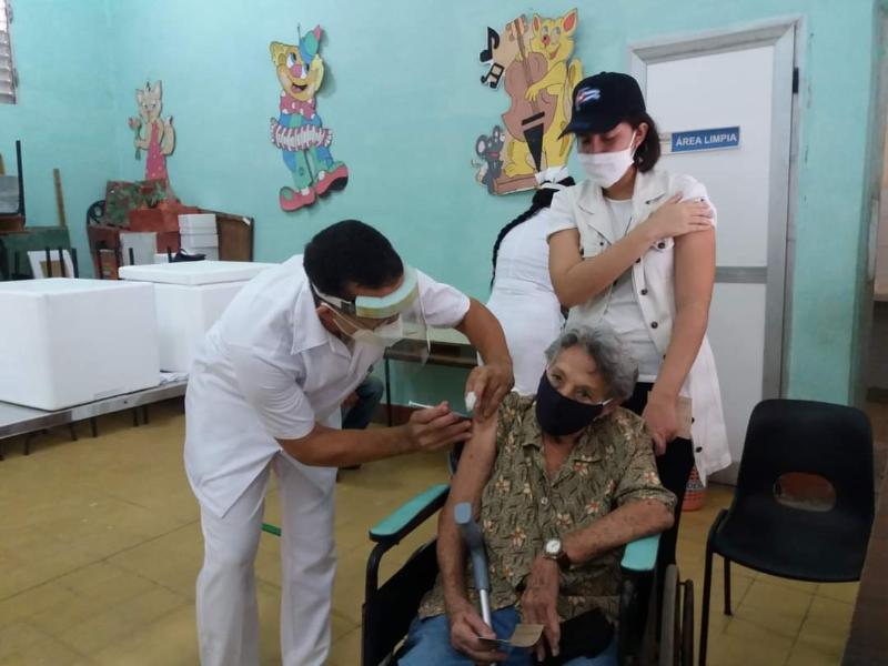Más de 50 mil pineros se inmunizarán con Abdala