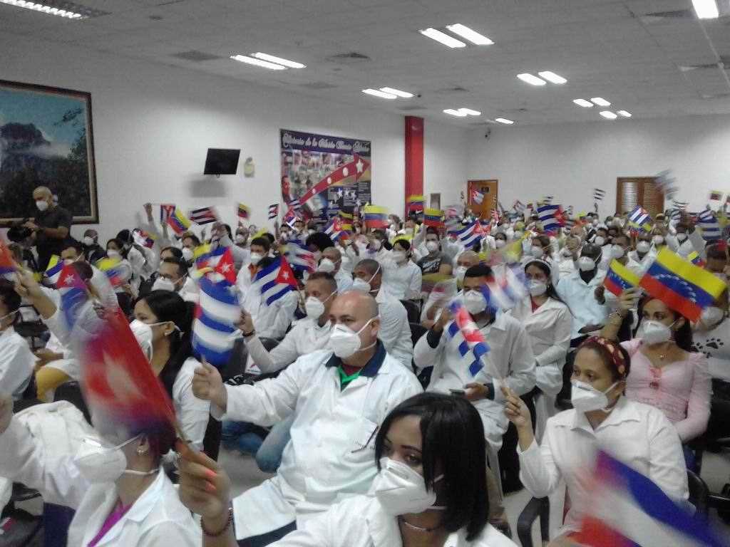 En Audio: Colaboradores cubanos regresan de Venezuela para combatir la Covid-19