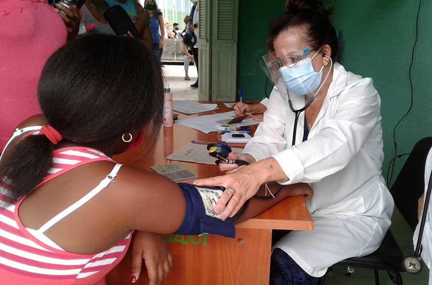 Cienfuegos: Es un orgullo vivir en el primer país que vacuna niños contra la COVID-19