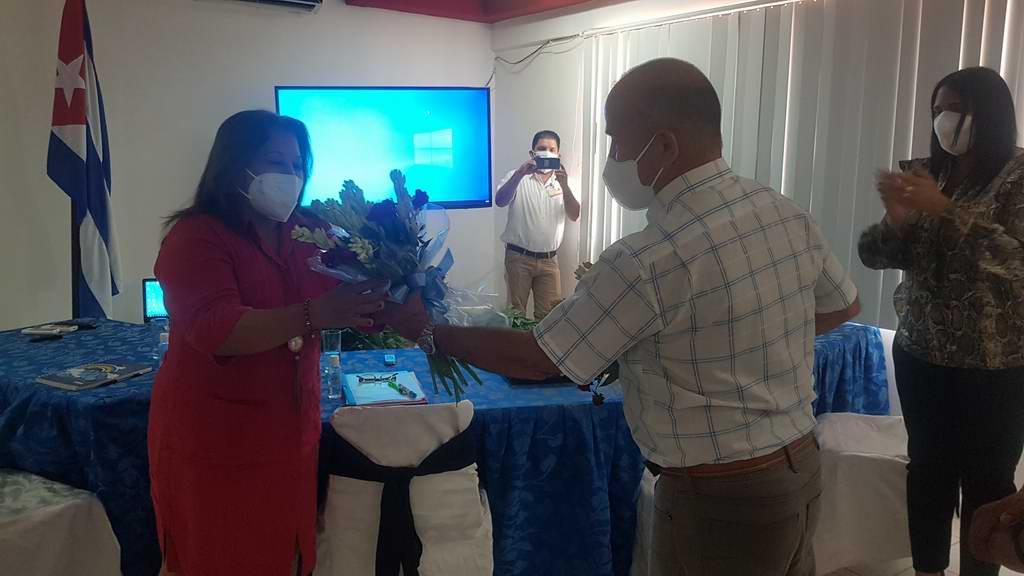 Reconoce Secretaria General de la FMC labor de internacionalistas cubanas