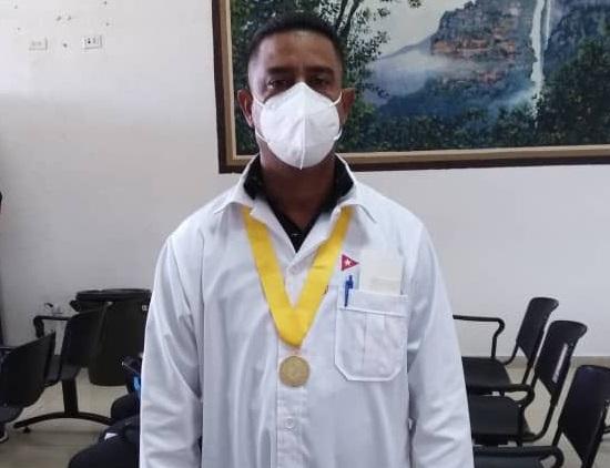 El año con rasgos de década del enfermero José Luis