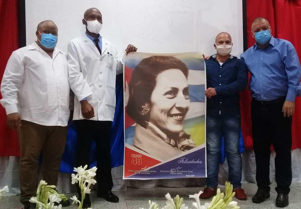 """Conmemoran en Manzanillo aniversario 40 de hospital """"Celia Sánchez Manduley"""""""