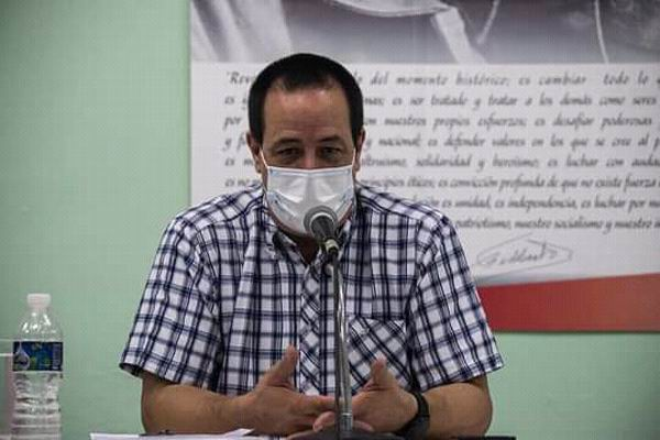 Doctor José Ángel Portal Miranda, ministro de Salud Pública de Cuba