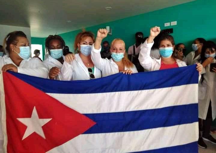 Los profesionales cubanos de la salud borramos tristezas