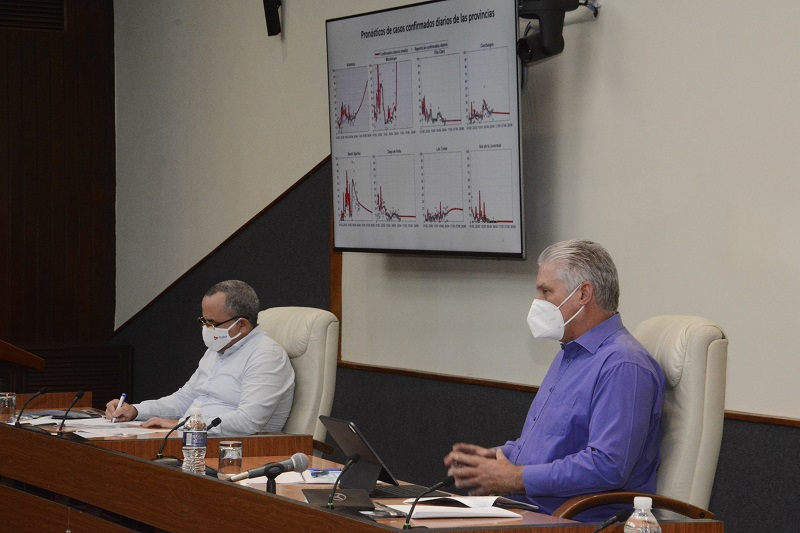 Acompañar el esfuerzo de nuestra comunidad científica frente a la COVID-19 desde la responsabilidad