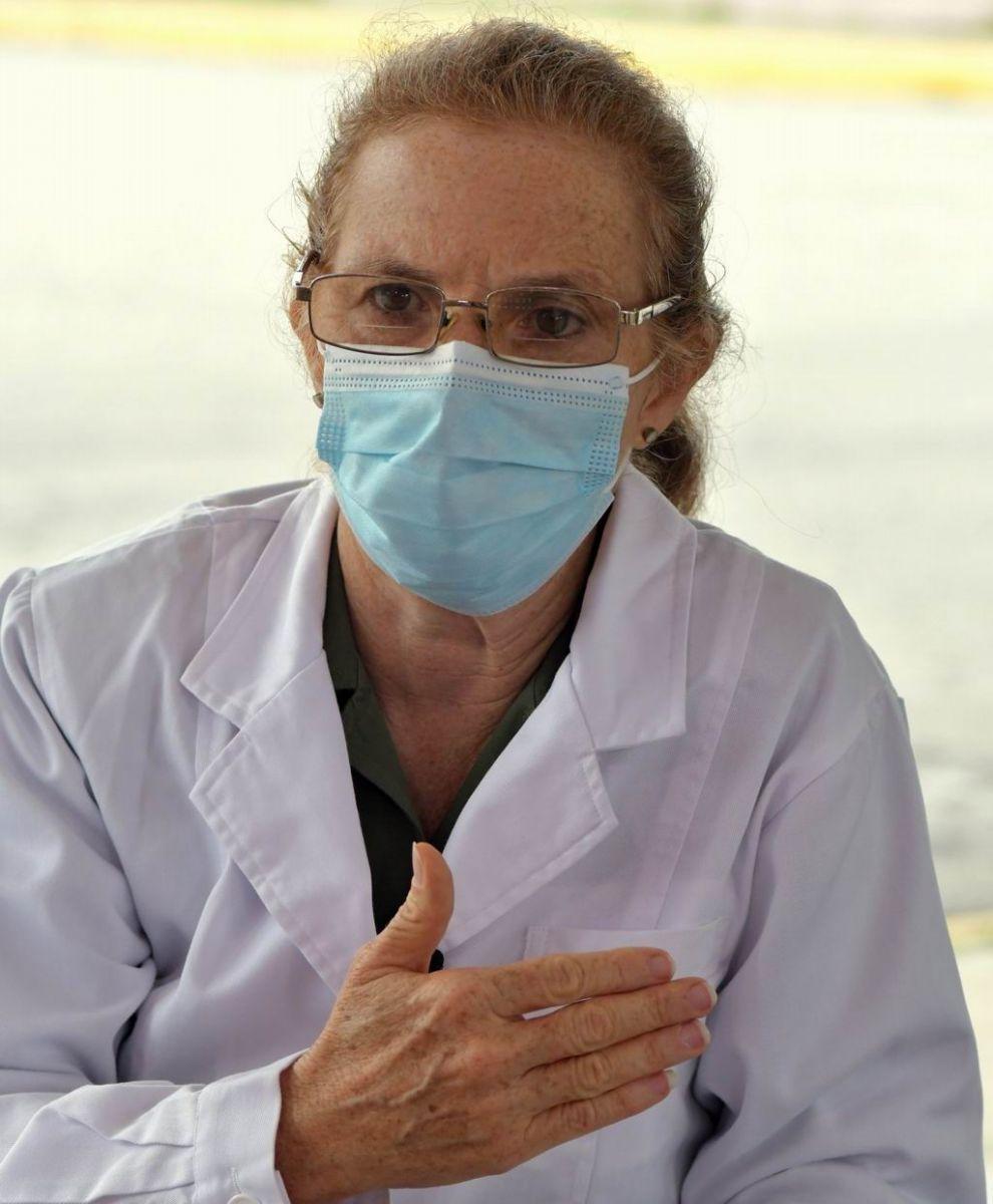 Dra. Teniente Coronel Teresita Montero González, especialista en anatomía patológica, Jefa del Centro de Desarrollo del Hospital Militar Central Luis Díaz Soto