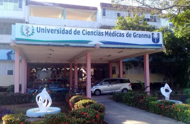 Graduará provincia de Granma médicos mejor preparados