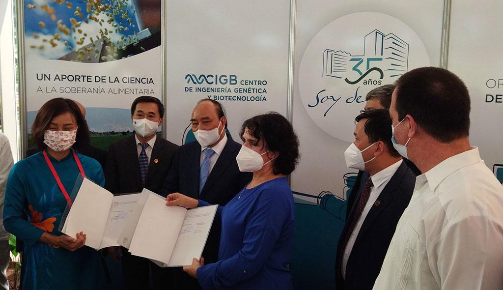 Firman Cuba y Vietnam contrato para suministro y distribución de la vacuna Abdala