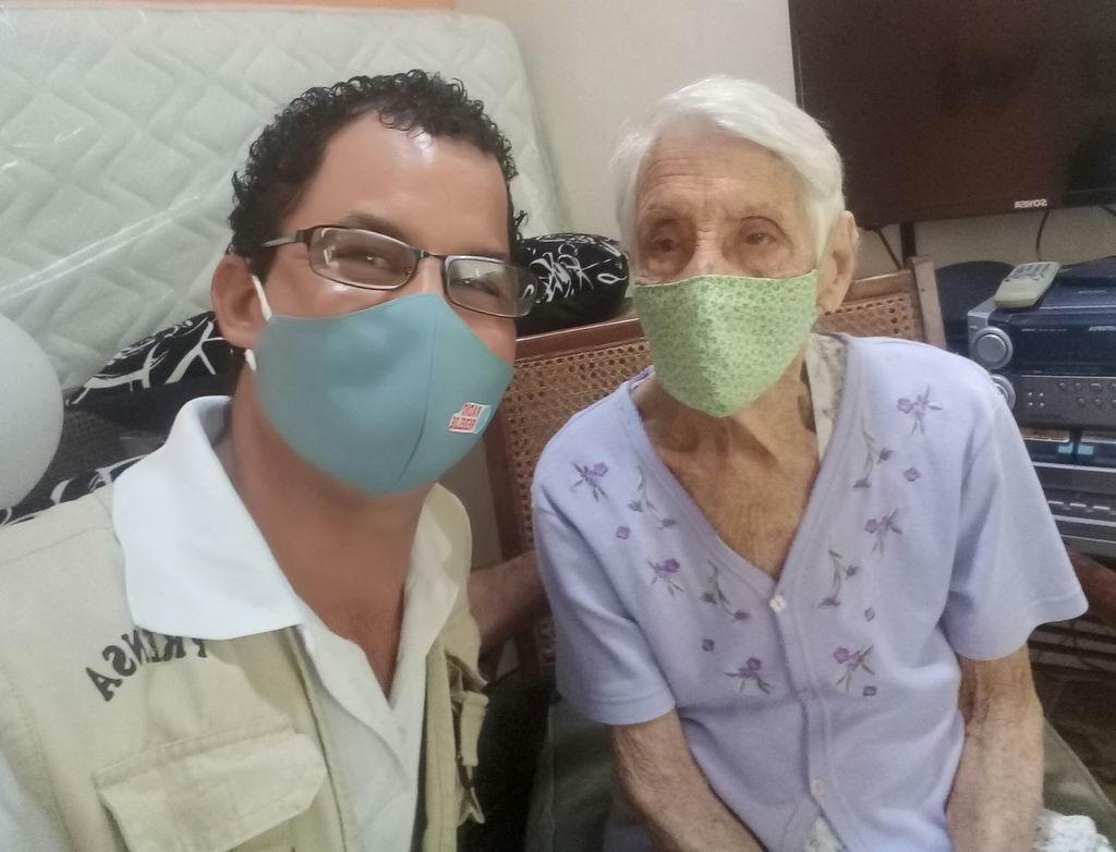 Abuela centenaria Mercedes García Rosales