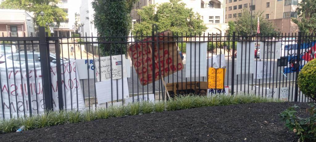 Incitaciones a violencia contra Cuba resulta en asedio a nuestras embajadas