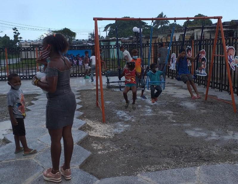 Ejecutan obras sociales en barrio vulnerable de La Habana