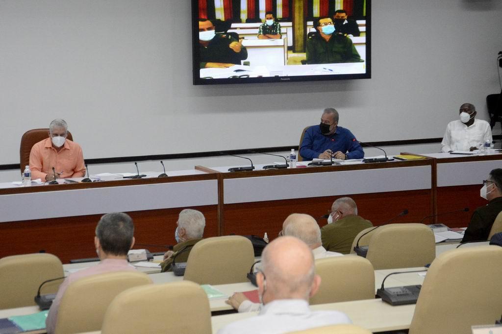Consejo de Ministros: Sobrevivir, resistir y también avanzar