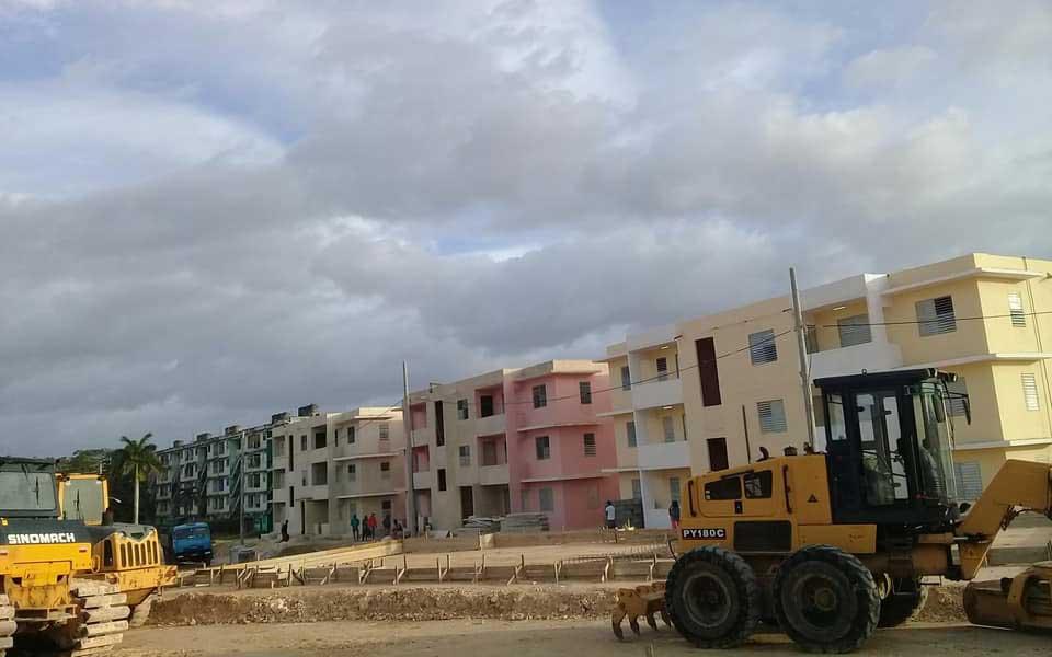 Chequean construcción de viviendas en Miraflores (+Audio)