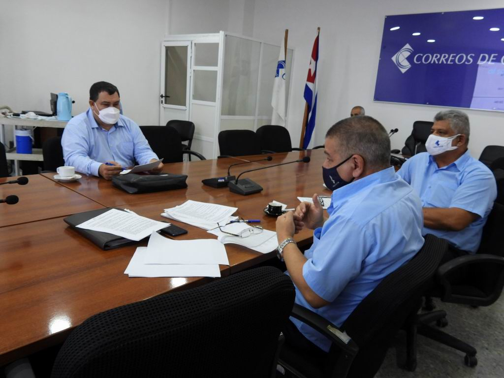 Evalúan en Correos de Cuba comercialización de la prensa