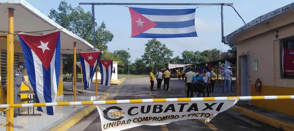 Los Trabajadores de Cuba-Taxi sostuvieron que pese al bloqueo más amor (+Audio)