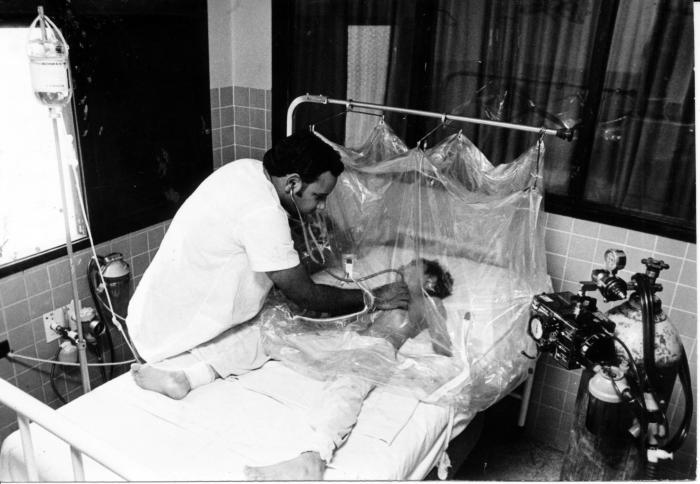 Hospital Infantil de Santa Clara durante el brote de dengue hemorrágico. Foto: Valiente, Jorge
