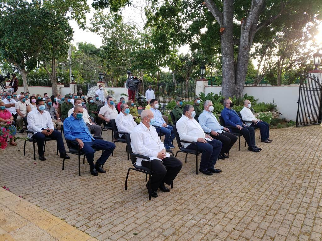 Participa Díaz-Canel en Acto Central por Aniversario 60 de la ANAP