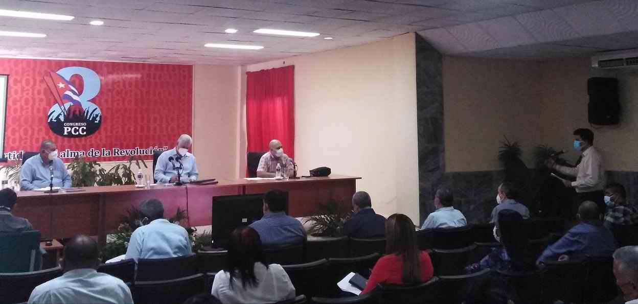 Destaca Díaz-Canel agilidad de los tuneros en implementar los acuerdos del 8vo. Congreso (+Audio)