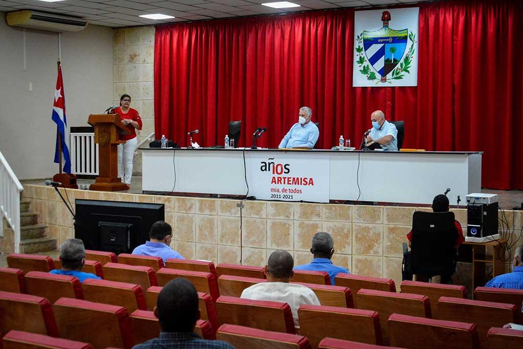 Chequea Díaz-Canel líneas de trabajo del 8vo. Congreso del PCC en Artemisa
