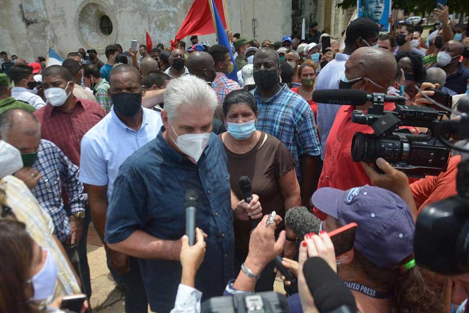 Diaz-Canel visits San Antonio de los Baños