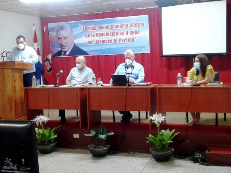 Félix Duarte Ortega intercambió con los cienfuegueros