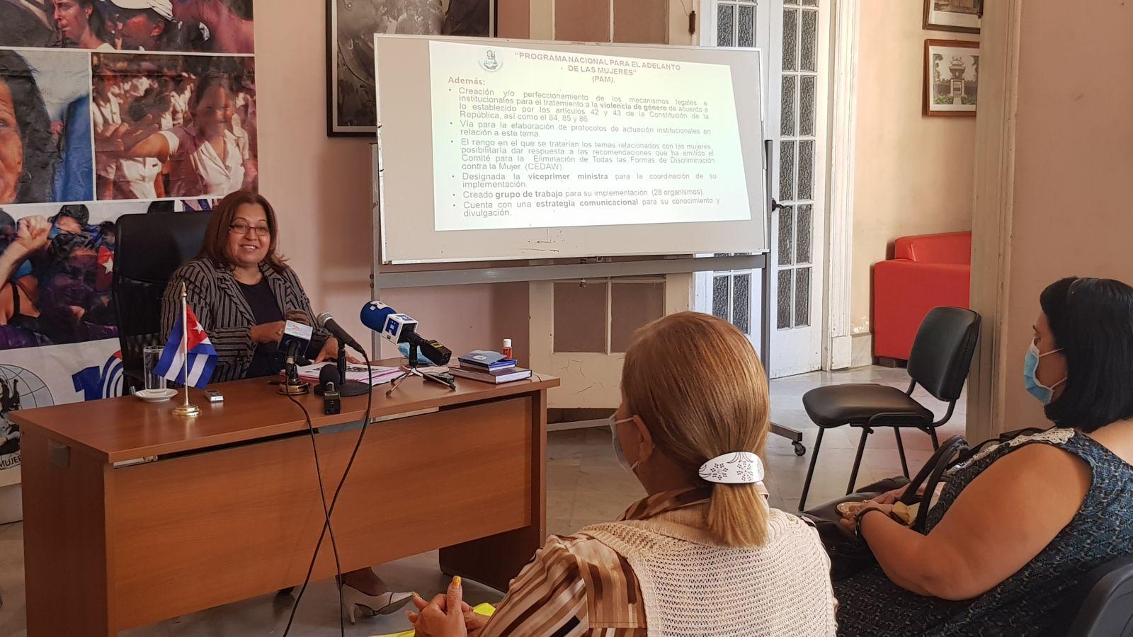 Felicita Secretaria de la FMC a las mujeres cubanas (+Audio)