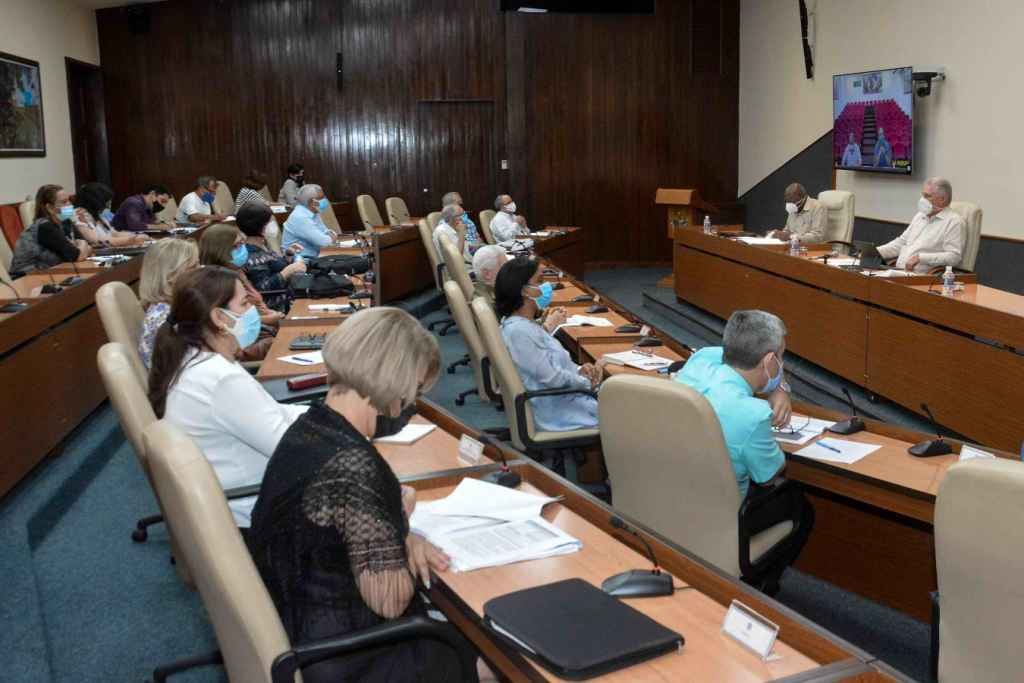 Crece la cifra de contagios en el país; La Habana, disminuye los casos