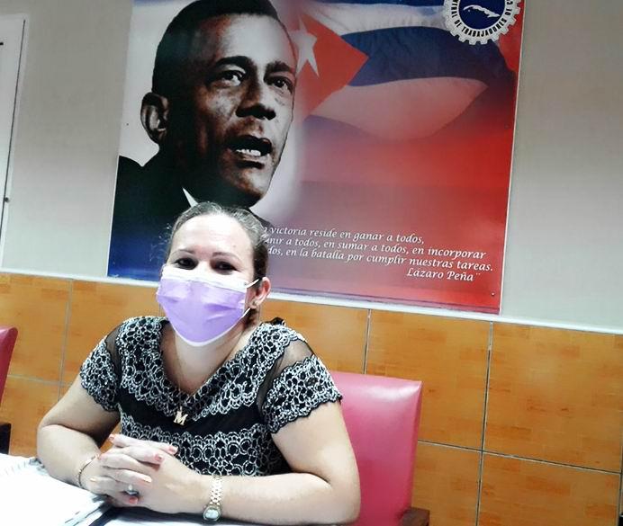 Secretaria General del Comité Provincial de la Central de Trabajadores de Cuba (CTC) en Cienfuegos, Maité Yera Santana.